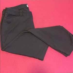 BOGO. 16 Old Navy Pixie pants. GUC.